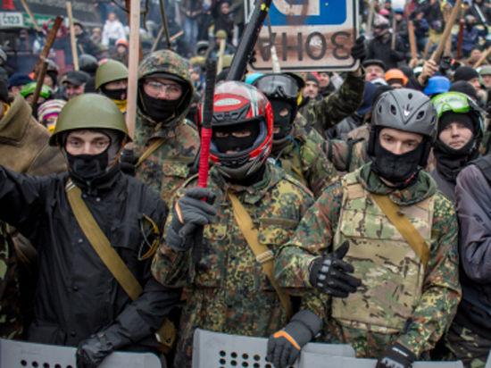 Киев подумывает запретить более не нужный «Правый сектор»