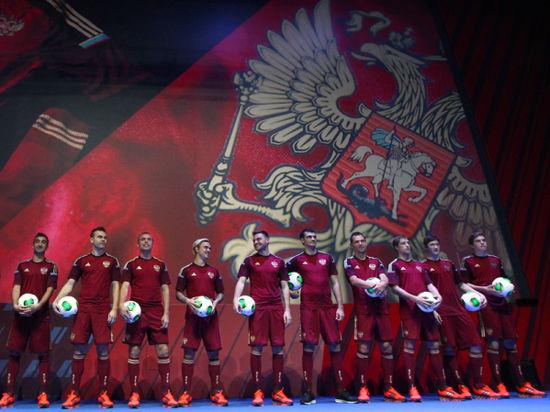 Почему футболистам сборной России задерживают выплату премиальных?