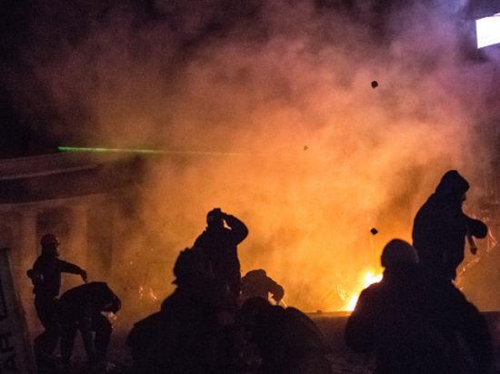 Противостояние на Майдане продолжается. Беркут пошел в атаку