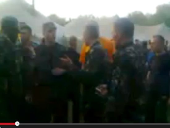 Киев опровергает бунт в армии: военные тренировались ругаться с