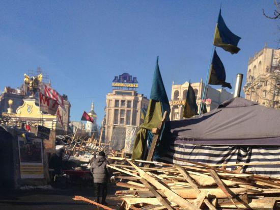 Крым и Донбасс: противостояние с Киевом нарастает