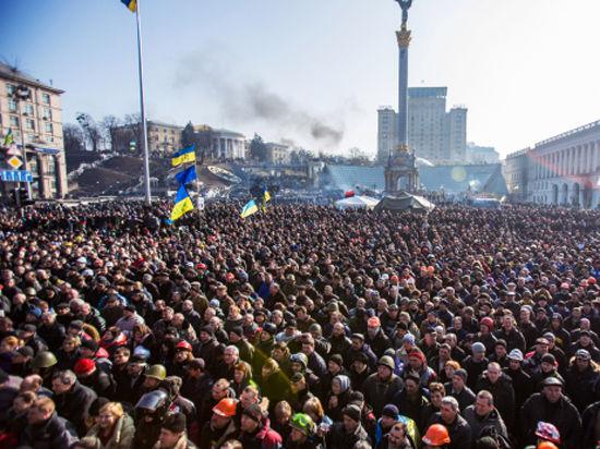 Майдан дождался: в Раду внесен закон о люстрации для коммунистов, коррупционеров и шпионов