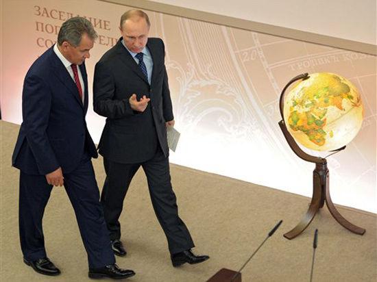 Путин и Шойгу приобщают к проектам Русского географического общества миллиардеров