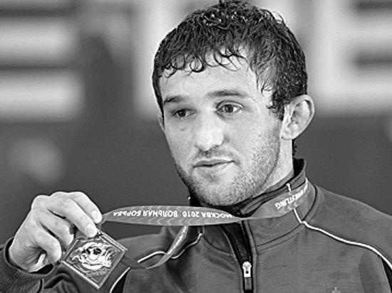 В автокатастрофе погиб известный борец Бесик Кудухов
