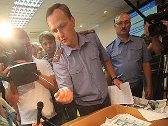 Главный борец с коррупцией в системе МВД Денис Сугробов лишился поста