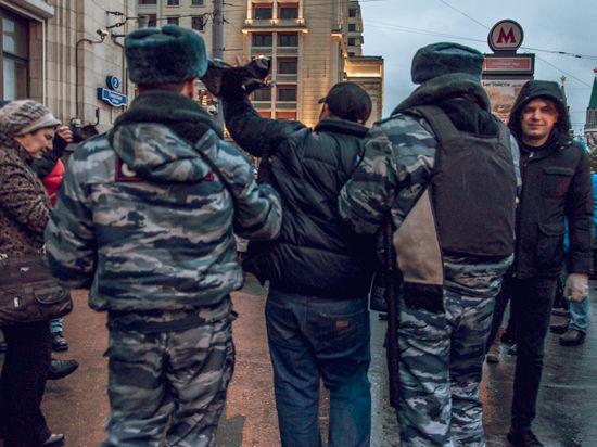 Акция в защиту «узников Болотной» возле Госдумы прошла под песню Цоя
