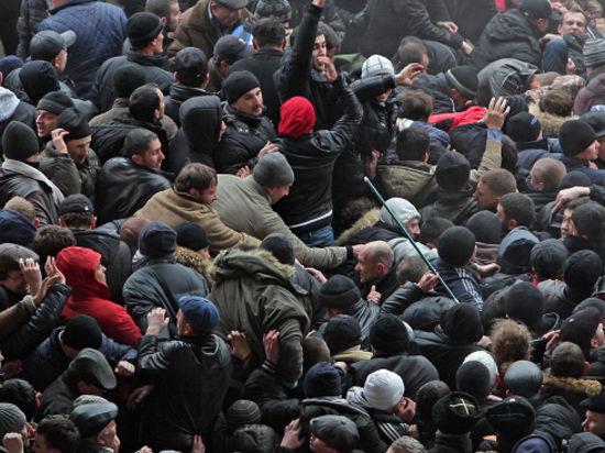Русское население Крыма взяло власть в свои руки