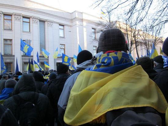 США нагнетают: Путин успокоил Украину; госсекретарь США Керри грозит России санкциями