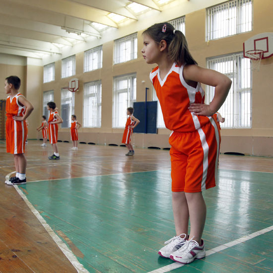 Уроки физкультуры в московских школах перепрофилируют по видам спорта