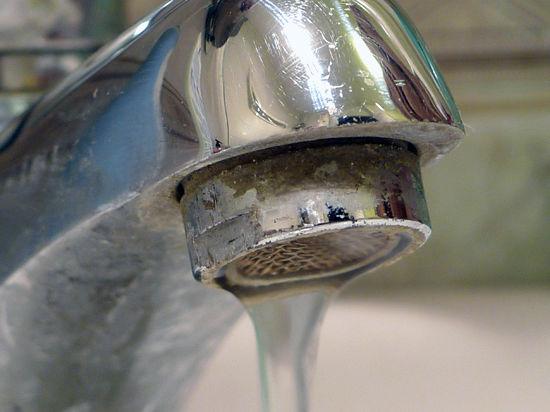 В Москве вводят  норму водопотребления