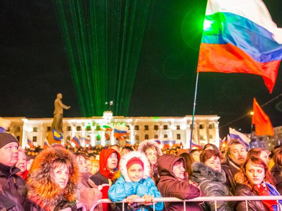 Крым: цена победы. Эксперты о том, дорого ли заплатит Россия
