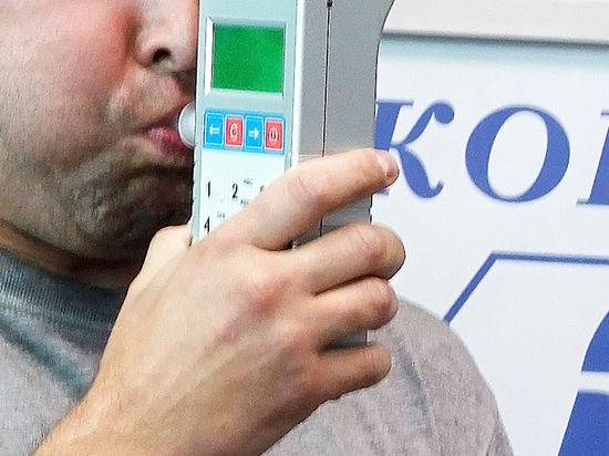 МВД: всем полицейским хотят раздать алкотестеры для проверки «пахнущих» хулиганов