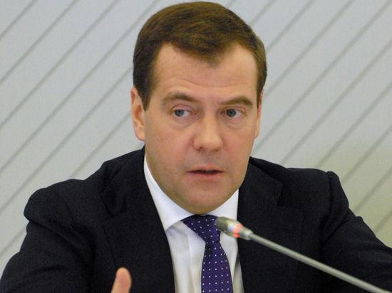 Медведев инновационный: розлив кофе силой мысли и грязь в чистом цеху