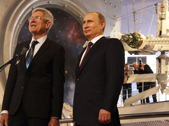 Путин поговорил с космосом. Связь с МКС, щенки Стрелки и таинственный люк