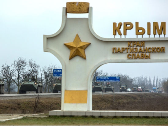В Крым на службу России потоком едут украинские военные: экипажи ВМФ, контрактники...