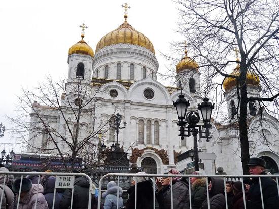 Итоги пребывания Даров Волхвов: чудесное исцеление и «марш бесноватых»