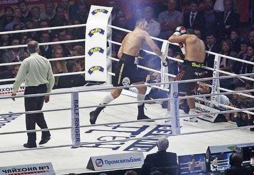Кличко защитил титул в девятый раз