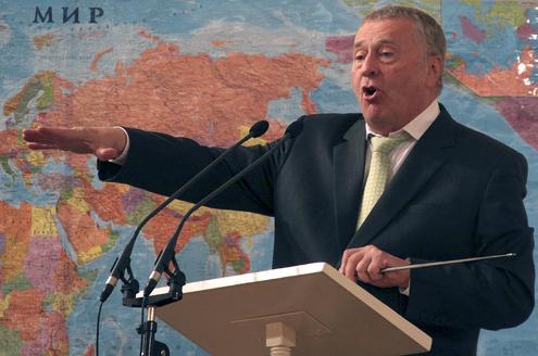 Жириновский пообещал избирателям пять конфеток