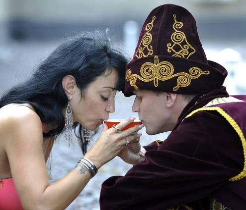 девушка хочет познакомиться с узбеком