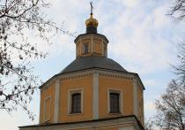 Звонарь храма в Москве умер из-за сердечного приступа во время службы