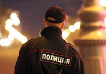 Родственники женщины, танцевавшей в ОМВД «Щукино», могут подать в суд на полицейского за ролик в Интернете