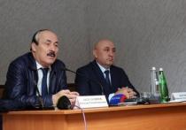 Рамазан Абдулатипов посетил с рабочей поездкой Докузпаринский район