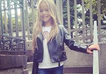 Самая красивая девочка мира ходит в обычную московскую школу