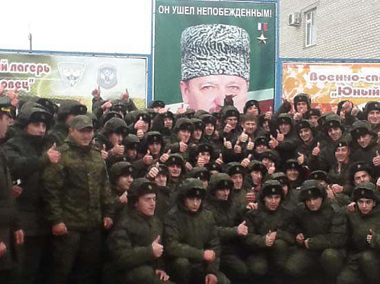 Первые призывники из Чечни отправились служить в Севастополь