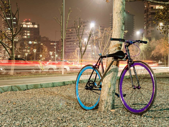 Чилийские студенты сконструировали велосипед, украсть который невозможно