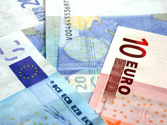 Порошенко подписал экономическую часть соглашения об ассоциации Украины с ЕС