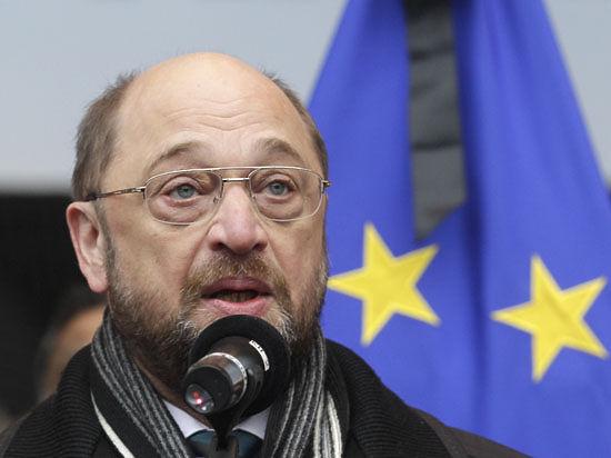 Европарламент принял резолюцию о новых санкциях против РФ: энергетический сектор и закрытие международных транзакций