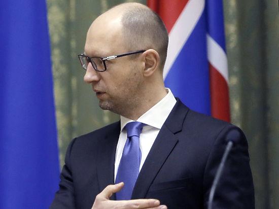 Яценюк выдавливает ДНР и ЛНР из переговоров