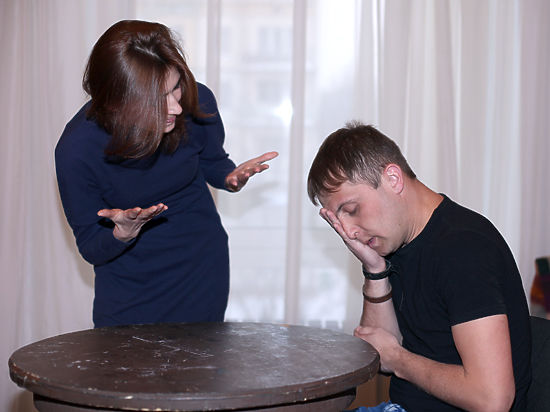Молодой испанский парень с женщиной фото 311-337