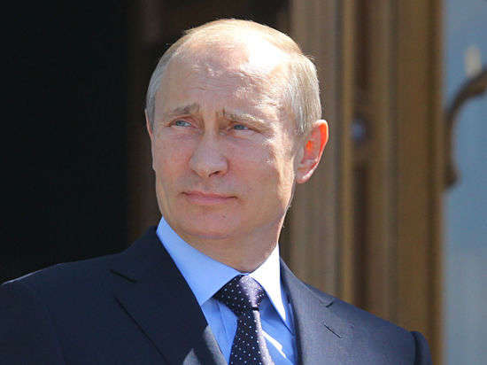 Гуманитарная помощь Украине: Путин волнуется за украинцев больше, чем Порошенко