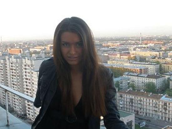 Адвокат: «Анну Дурицкую постоянно сопровождают оперативники. Убеждают: покидать Москву небезопасно»
