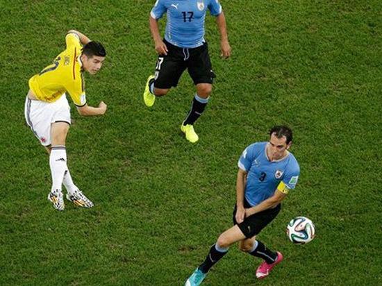 Хамес Родригес, который вот-вот станет игроком «Реала», признан автором лучшего гола на ЧМ-2014