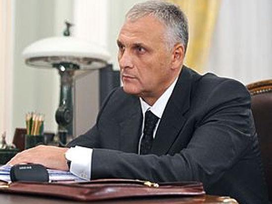Губернатор Сахалинской области задержан оперативниками