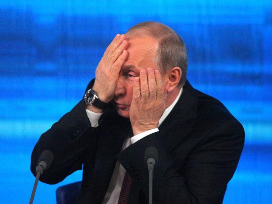 Мединский предложил Путину заменить йогу лезгинкой, а Путин выразил недовольство результатами ЕГЭ