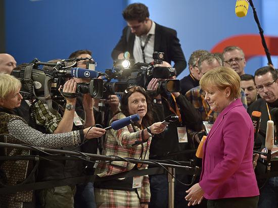 Голодный обморок фрау Меркель: канцлеру ФРГ стало плохо в прямом эфире