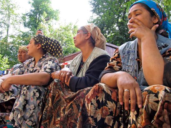 Цыгане похитили родственников жениха, чтобы тот вернул невесту