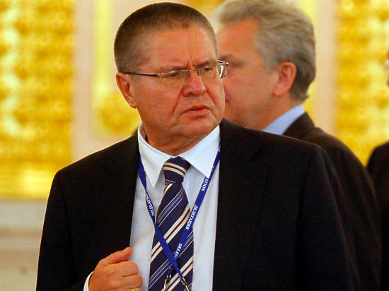 Улюкаев написал стихи о рубле?