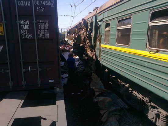В Подмосковье железнодорожная катастрофа: вагоны опрокинуты, 5 погибших, 45 раненых