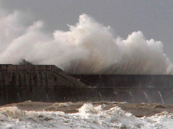 В море близ Мариуполя прогремел взрыв - рядом с российским кораблем