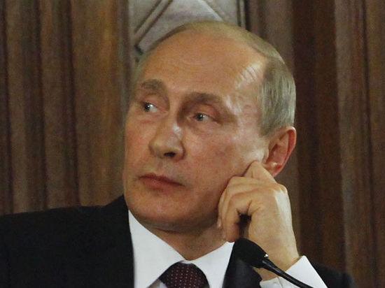 Путин намекнул, что отзывать лицензии у банков надо осторожнее