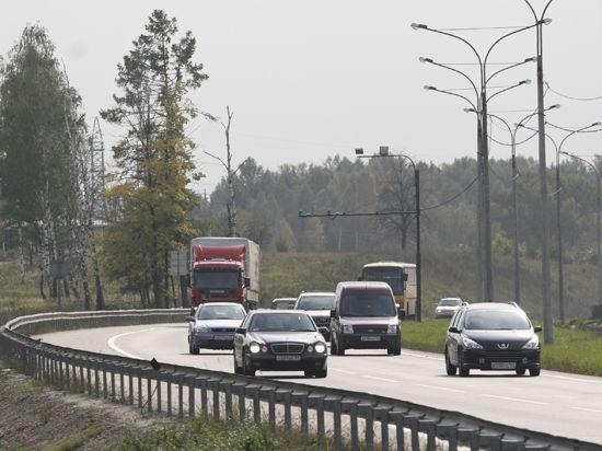 В Москве водитель внедорожника обстрелял помешавший ему троллейбус