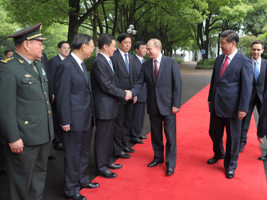 Путин — о Китае, газе и «Силе Сибири»: «Крупнейшая сделка за всю историю, крупнейшая стройка в мире»