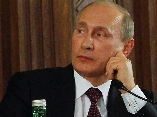 Путин лишил чиновников прибавки к зарплате