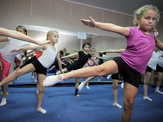 Уроки физкультуры разрабатывают олимпийцы