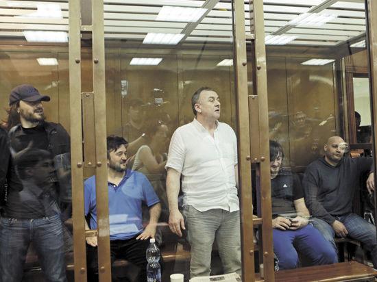 Дело Политковской: дети журналистки попросили смягчить сроки двум подсудимым