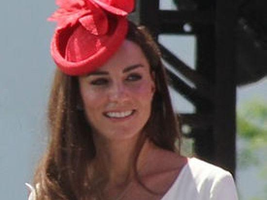 Кейт Миддлтон ждет двойню: у 10-месячного принца Джорджа появятся сразу две сестры